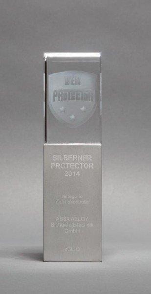 2014-eCLIQ-erhaelt-silbernen-Protector-Award